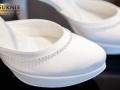 buty slubne z ozdobami bizuteryjnymi